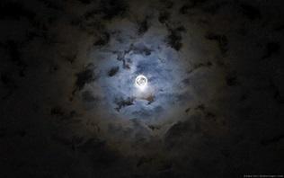 Марана карака стхана, Луна в 8 м